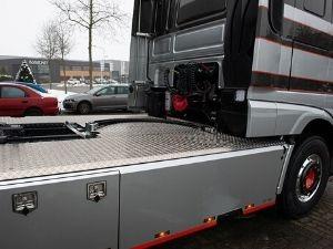 Pals is een specialist op het gebied van hydrauliek opbouw en ontwikkeling en onderhoud van truckhydrauliek. We beschikken over 24/7 hydrauliek service.